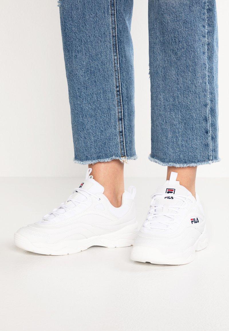 Fila - RAY - Trainers - white