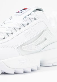 Fila - DISRUPTOR PATCHES - Baskets basses - white - 2
