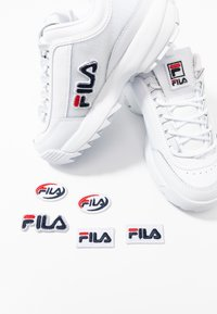 Fila - DISRUPTOR PATCHES - Baskets basses - white - 7