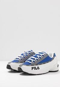 Fila - DSTR97 - Tenisky - white/electric blue - 4