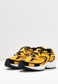 Fila - CREATOR - Sneakers laag - old gold/black/white - 4