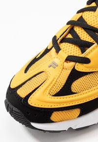 Fila - CREATOR - Sneakers laag - old gold/black/white - 2