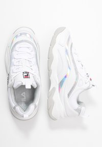 Fila - RAY - Zapatillas - white/silver - 3