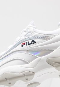 Fila - RAY - Zapatillas - white/silver - 2