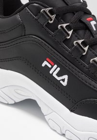 Fila - STRADA - Sneakers laag - black - 2