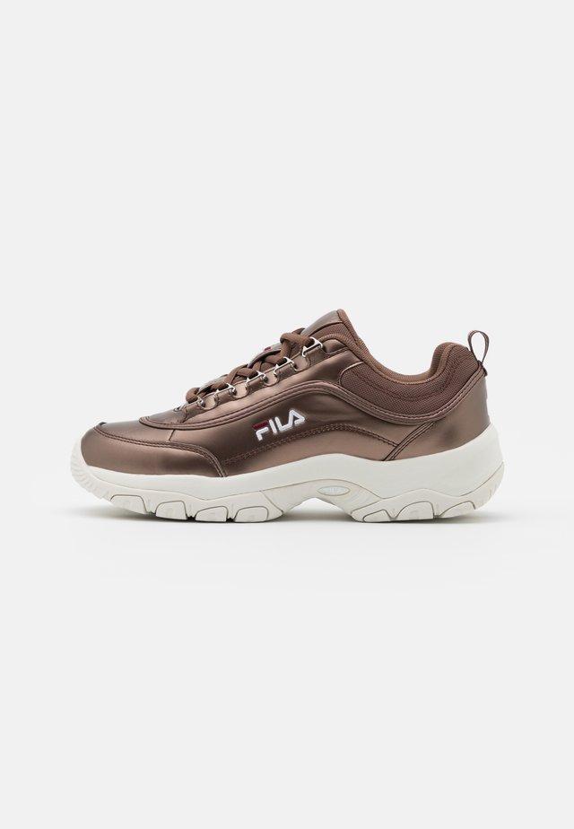 STRADA - Trainers - chocolate brown