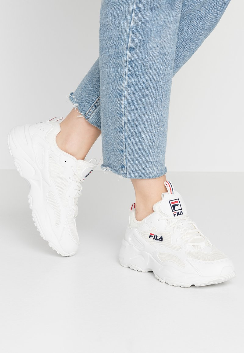 Fila - RAY TRACER - Sneakers laag - white