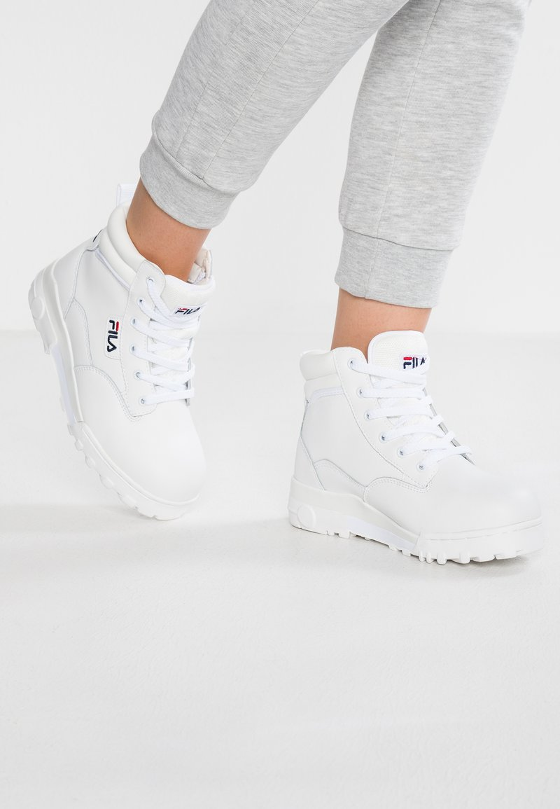 Fila - GRUNGE MID - Ankle Boot - white