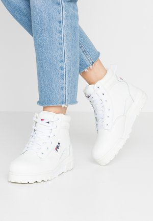 Šněrovací kotníkové boty - white
