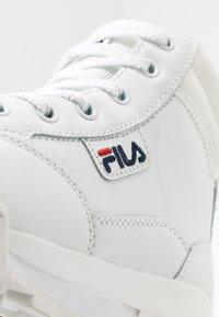 Fila - Nauhalliset nilkkurit - white - 2