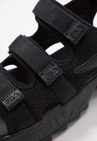 Fila - DISRUPTOR  - Sandales de randonnée - black - 5
