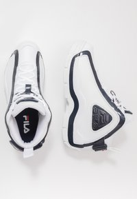Fila - GRANT HILL 2 - Sneakers alte - white/navy/red - 1