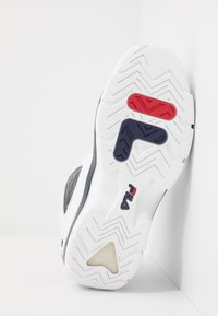 Fila - GRANT HILL 2 - Sneakers alte - white/navy/red - 4