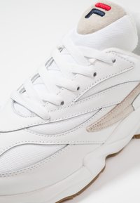 Fila - V94M - Sneakers - white - 5