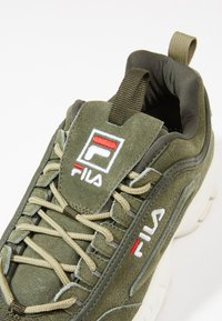 Fila - DISRUPTOR LOW - Sneakers - forest night - 5