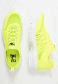 Fila - DISRUPTOR RUN - Baskets basses - neon lime - 1