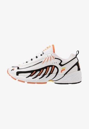 ADRENALINE - Sneakersy niskie - white/black
