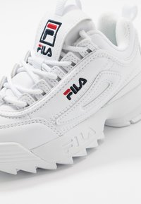 Fila - DISRUPTOR KIDS - Matalavartiset tennarit - white - 2