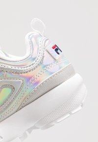 Fila - DISRUPTOR KIDS - Sneakers laag - silver - 2