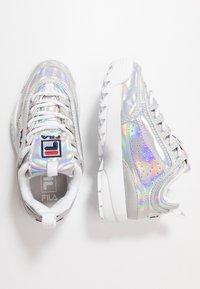 Fila - DISRUPTOR KIDS - Sneakers laag - silver - 0
