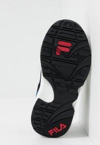 Fila - V94M - Sneakers basse - black/white/citrus - 5