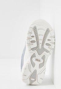 Fila - STRADA KIDS - Trainers - silver - 5