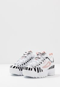 Fila - DISRUPTOR - Baskets basses - white/sepia rose - 2