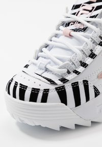 Fila - DISRUPTOR - Baskets basses - white/sepia rose - 5
