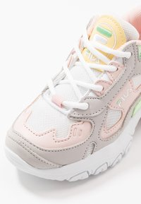 Fila - SELECT CB LOW - Zapatillas - white/rosewater - 2