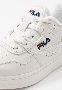 Fila - ARCADE KIDS - Sneakers - white - 2