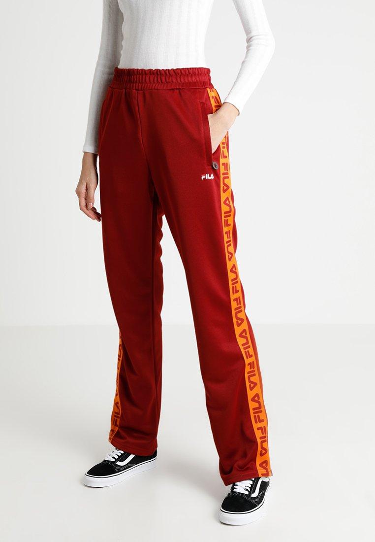 Fila - THORA TRACK PANTS - Pantalon de survêtement - merlot