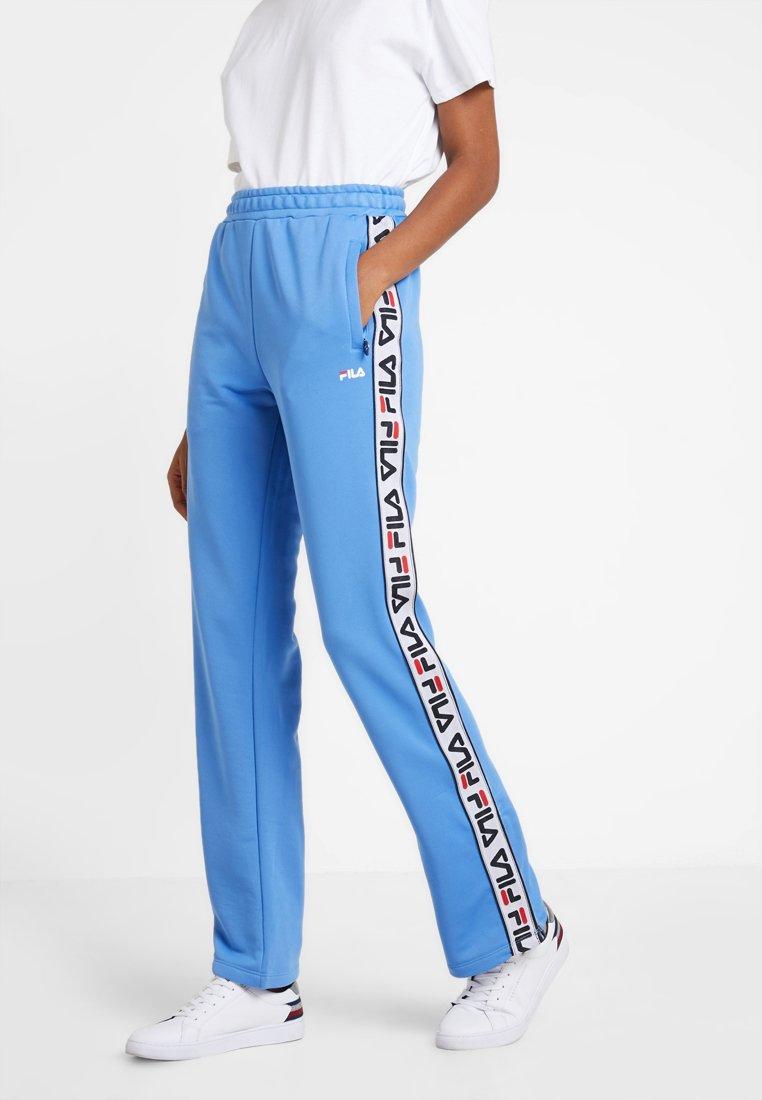 Fila - THORA TRACK PANTS - Teplákové kalhoty - marina