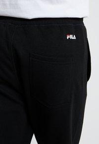 Fila - PURE BASIC PANTS - Teplákové kalhoty - black - 3