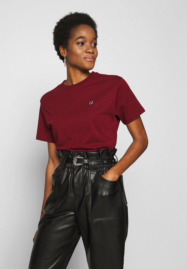 NOVA TEE  - T-shirts basic - cabernet