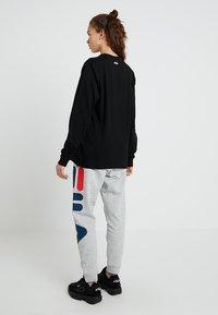 Fila - PURE LONG SLEEVE - Långärmad tröja - black - 2