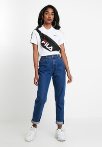 Fila - TASHA CROPPED - T-shirt imprimé - bright white - 1
