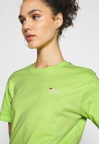 Fila - EARA TEE - T-shirts - sharp green - 4