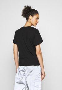 Fila - TANDY - T-shirts med print - black / bright white - 2