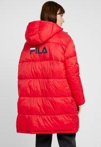 Fila - BRONWED PUFF HOOD JACKET - Zimní kabát - true red - 2