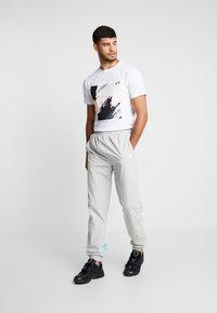Fila - TALMON PANT - Pantalon de survêtement -  harbor mist/blue curacao/bright white - 1