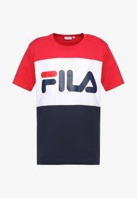 Fila - DAY TEE - T-shirt con stampa - black iris/true red/bright white - 3