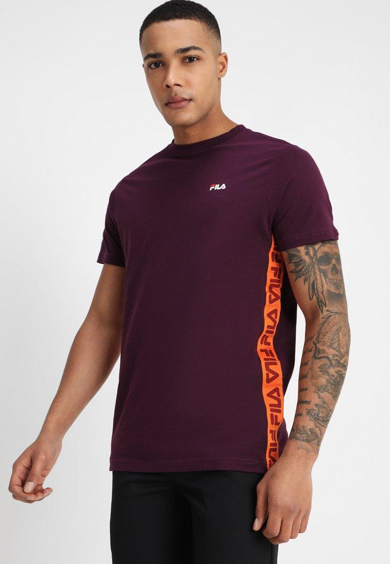 Fila - TALAN TEE - Print T-shirt - potent purple