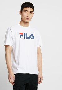 Fila - PURE - Triko spotiskem - bright white - 0