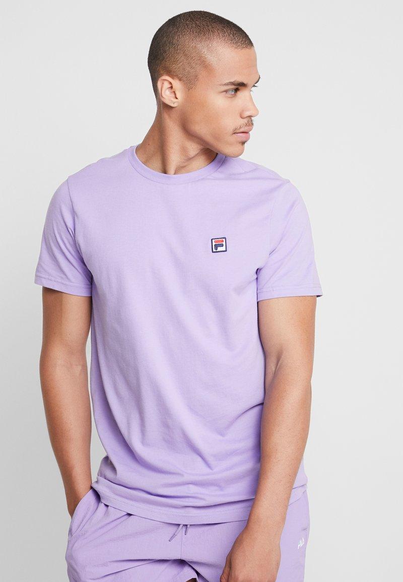 Fila - SEAMUS TEE - Camiseta estampada - violet tulip