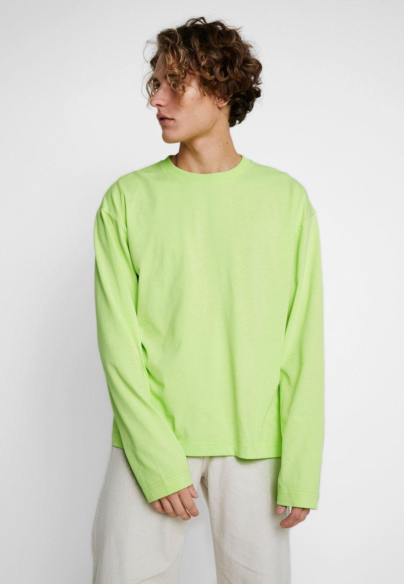 Fila - FILA FOR WEEKDAY DENIS - Langarmshirt - sharp green