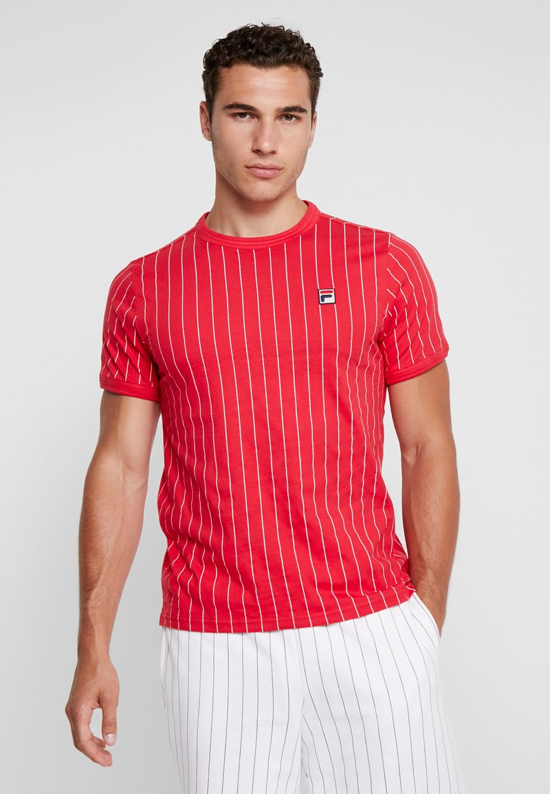 Fila - WITH TRIPLE BINDING - T-Shirt print - chinese red