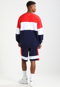 Fila - STRAIGHT BLOCKED CREW - Sweatshirt - blue - 2