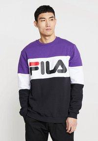 Fila - STRAIGHT BLOCKED CREW - Sweatshirt - black/purple/white - 0