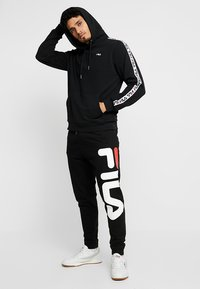 Fila - DAVID TAPE - Hoodie - black - 1