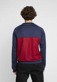 Fila - PAAVO CREW - Sweatshirt - black iris/rhubarb/bright white - 2